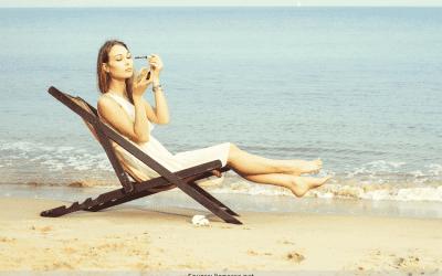 Sommer-lækker i varmen  Vil du også gerne have muligheden for at bade, sole og være helt bekymringsfri ift. din makeup?